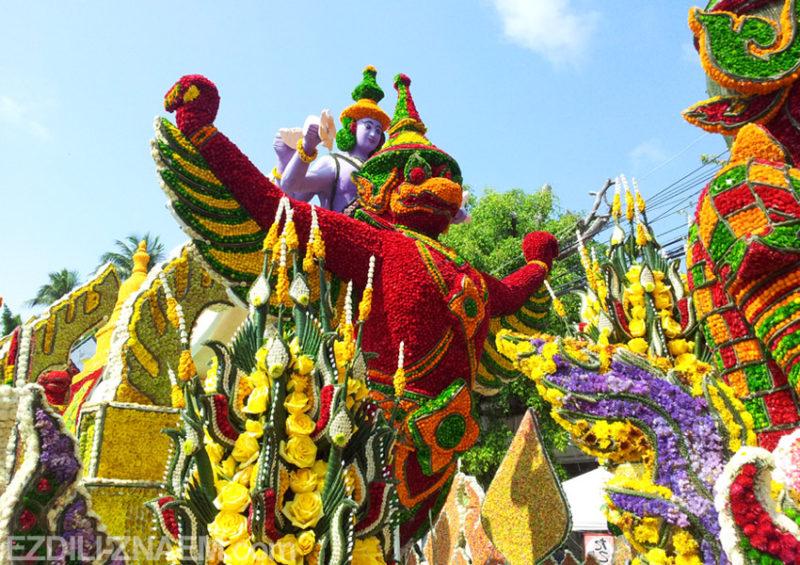 На фестивале цветов в Чианг-Мае, Таиланд