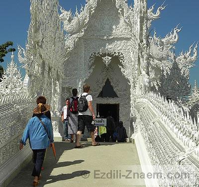 К Белому Храму в Тайланде