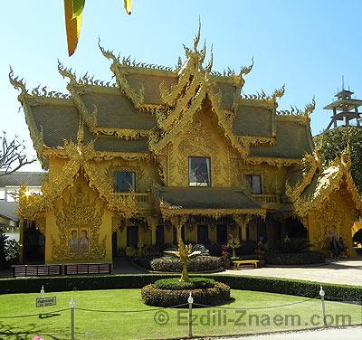 Белый Храм Тайланда в провинции Чианг Рай