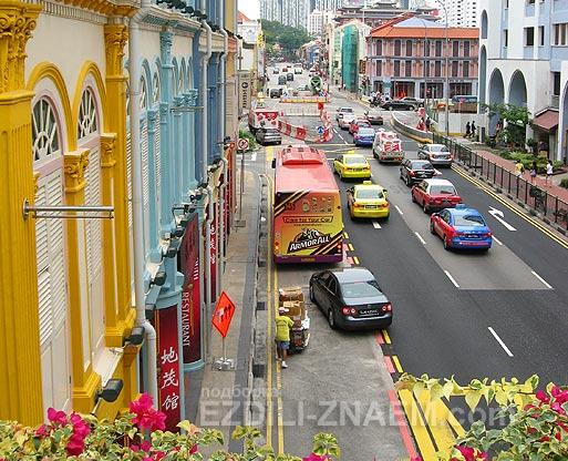 Бананово лимонный Сингапур. Яркие краски в городе