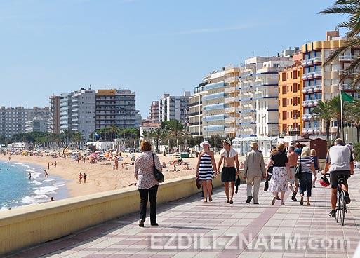 Отдых в городе Бланес. Испания. Фото и отзыв