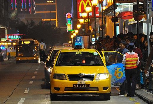 Транспорт в Макао. Такси в Макао