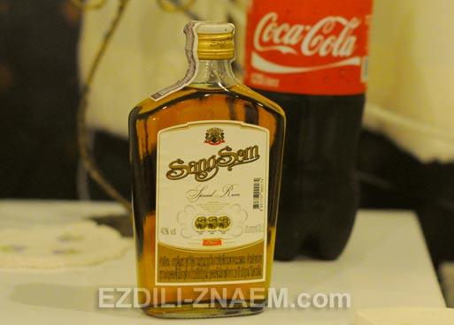"""Алкоголь в Тайланде. Виски """"Сэнг-Сом"""""""