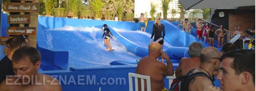 Отдых на Пхукете. Бар серфингистов на пляже Ката