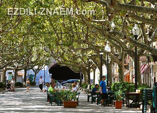 Портбоу - городок на краю Испании