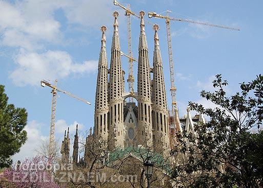 Достопримечательности Барселоны: храм Саграда Фамилия