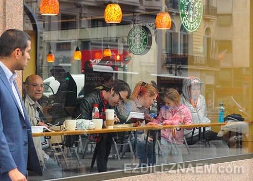 Кофейня на улице Гран Виа в Мадриде