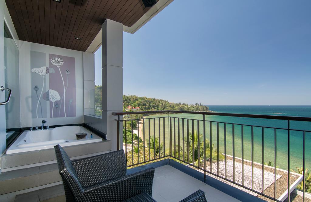 Отель Cape Sienna с красивым видом на море, пляж Камала