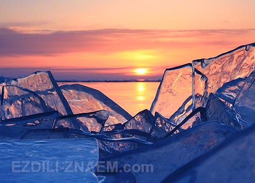 Байкал зимой. Фото