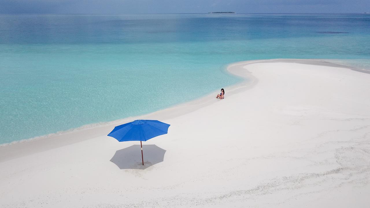 Пляж рядом с отелем SeaLaVie Inn