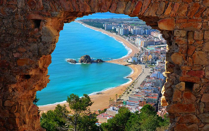 Интересный отдых у моря в Испании!