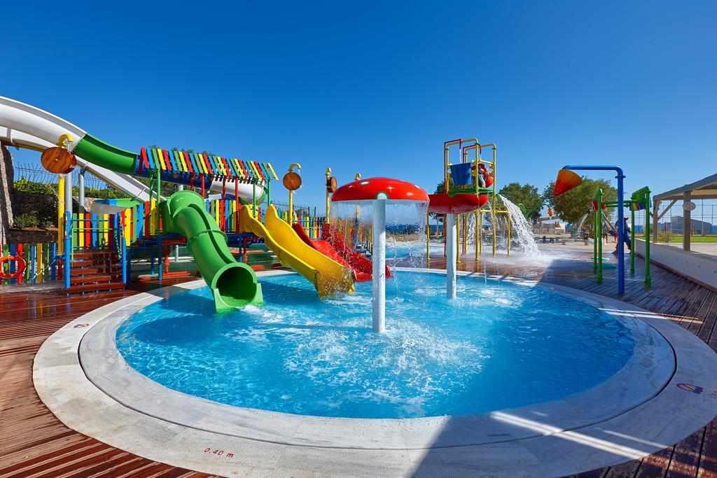 Отель с аквапарком, Крит, Греция