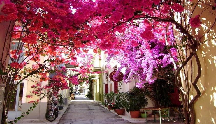 Нафплион - город на полуострове Пелопоннес, один из самых живописных в Греции