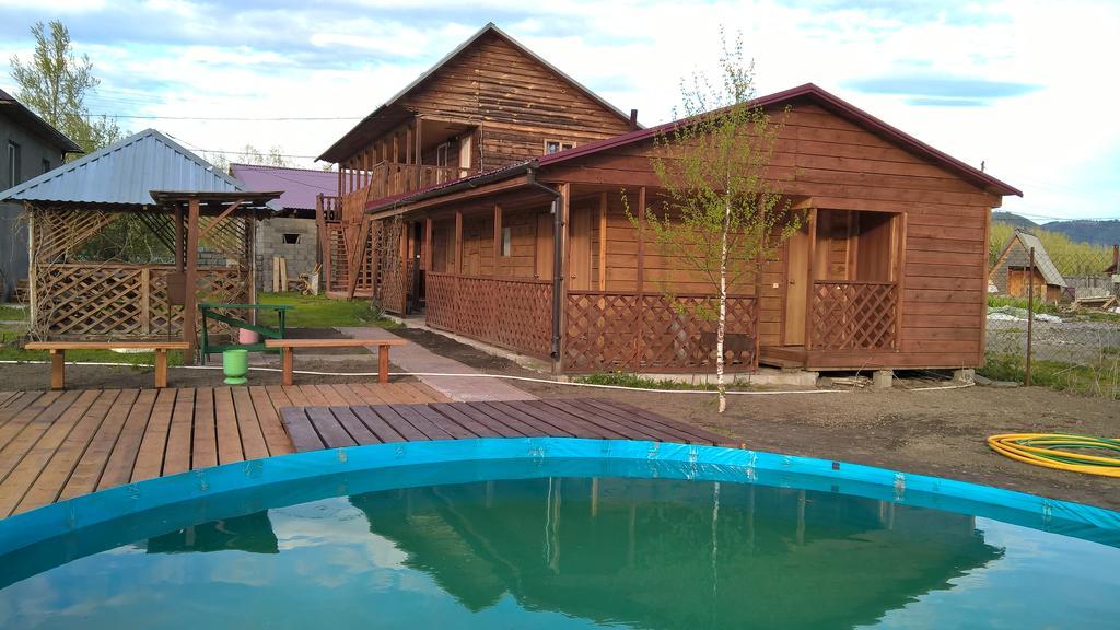 """Мини-отель """"Ксения"""", поселок Ая на Алтае, с бассейном"""