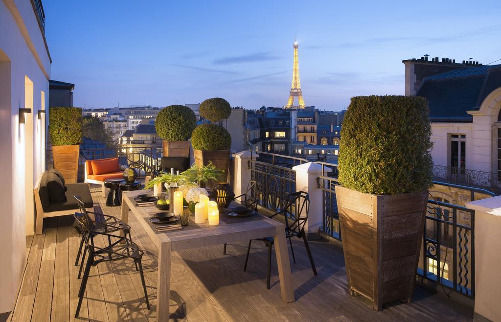Дизайн-отель Marignan в Париже с видом на Эйфелеву башню