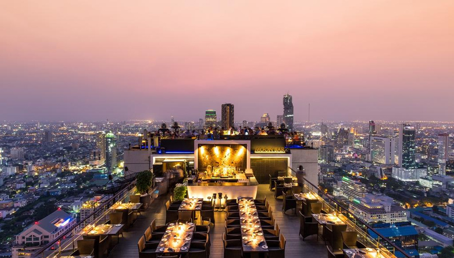 Бар на крыше отеля Banyan Tree Bangkok