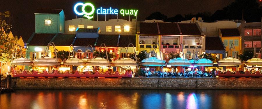 Clarke Quay - рестораны у реки
