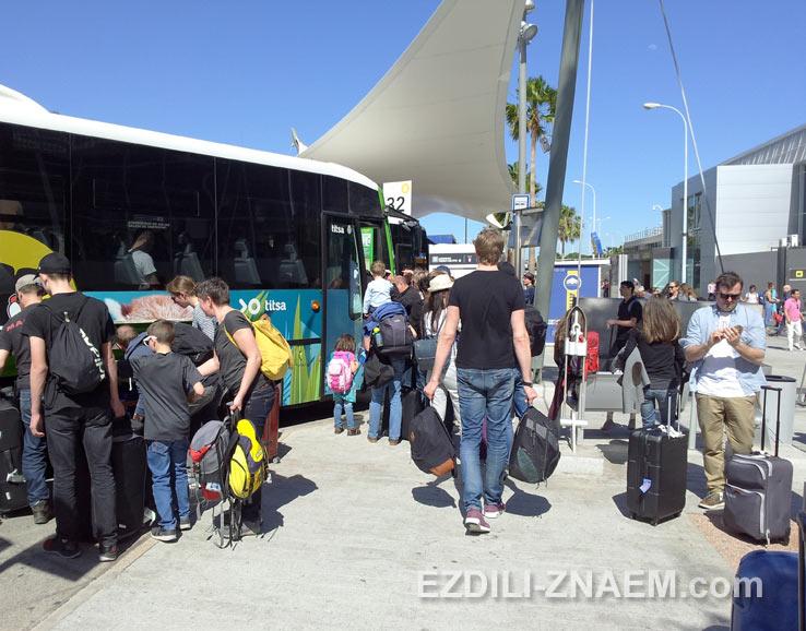 Автобус 111 из Южного аэропорта Тенерифе до Санта-Круз