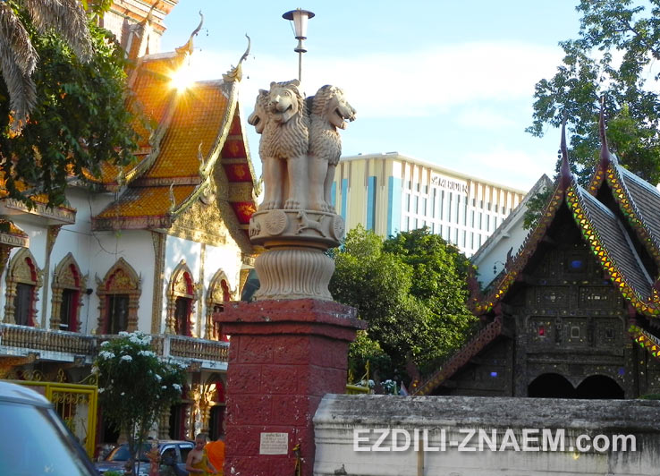 На фото: Wat Buppharam - один из храмов Чиангмая