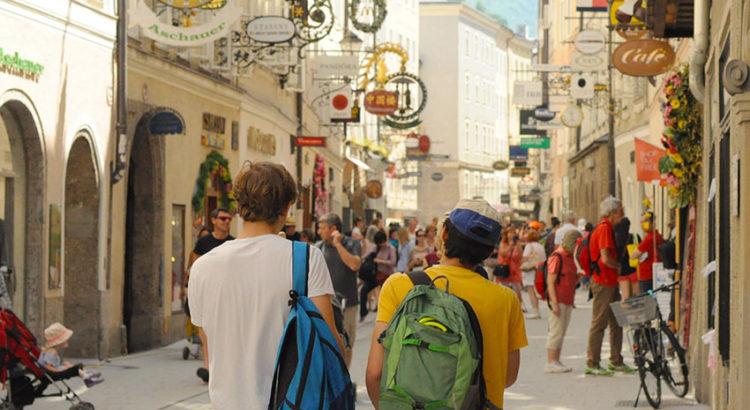 Как дешево путешествовать по Европе: 29 советов, на чем можно и нельзя экономить