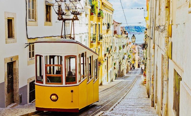 Фуникулер Бика в Лиссабоне
