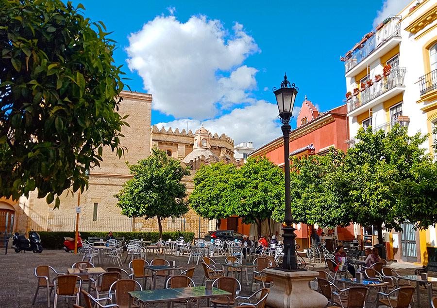 Улицы и дворики Севильи
