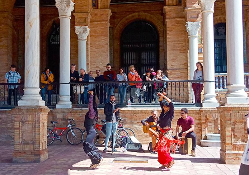 Фламенко на площади Испании