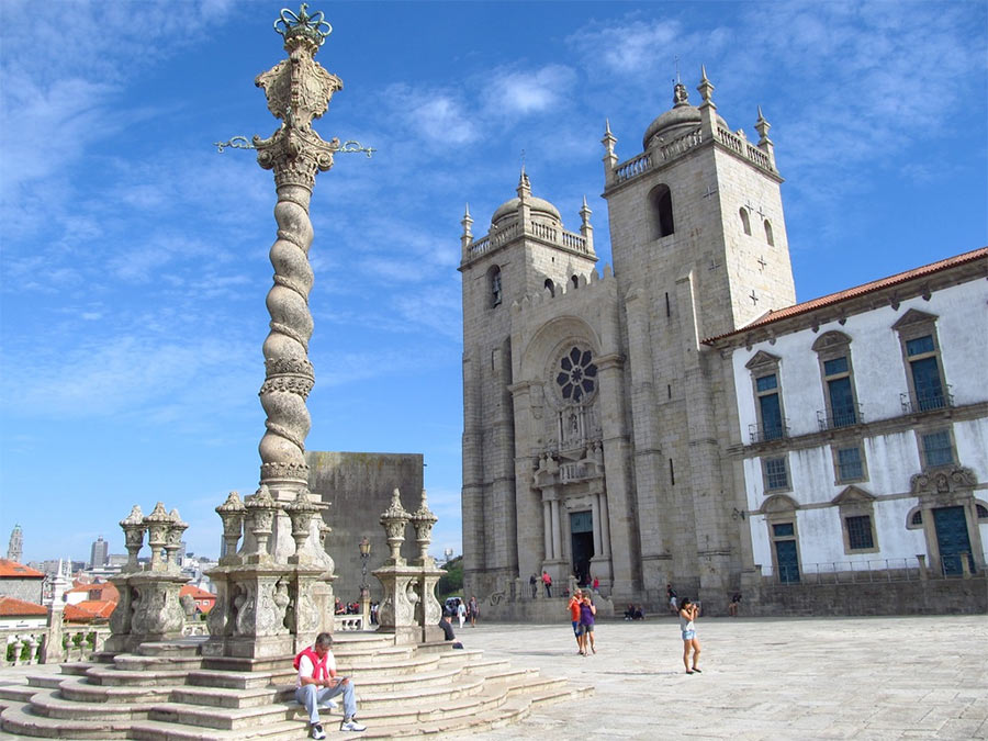 Кафедральный собор в Порто