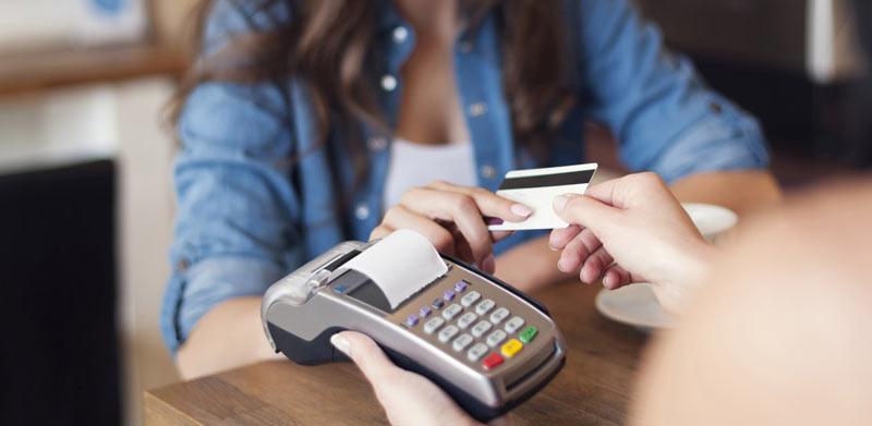Как правильно пользоваться банковскими карточками за границей