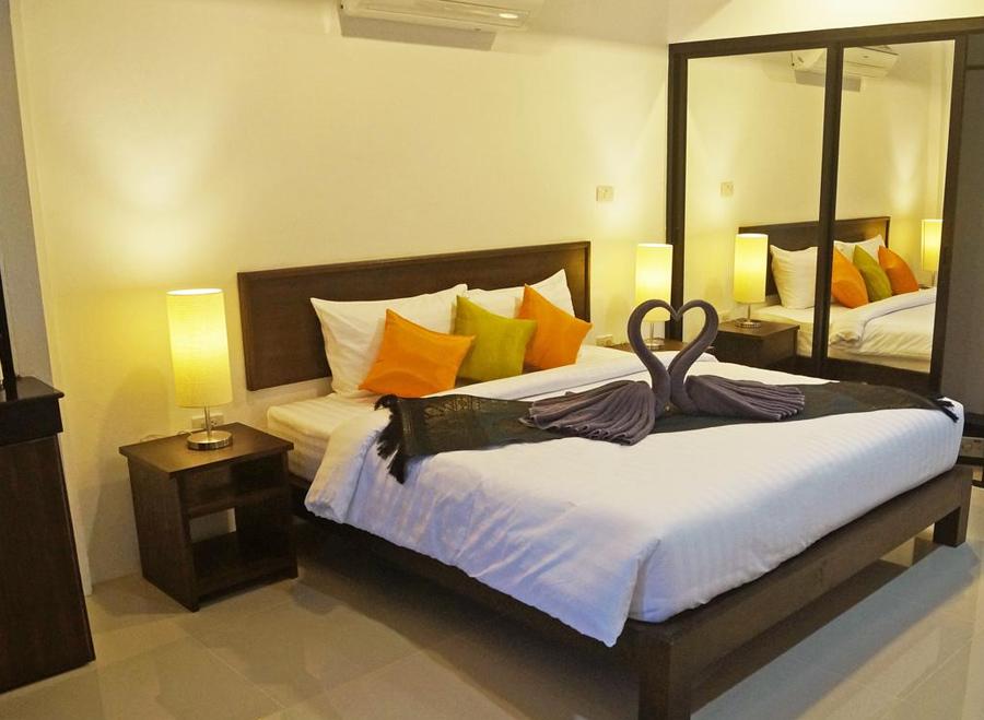 Seashore - недорогие апартаменты на Пхукете