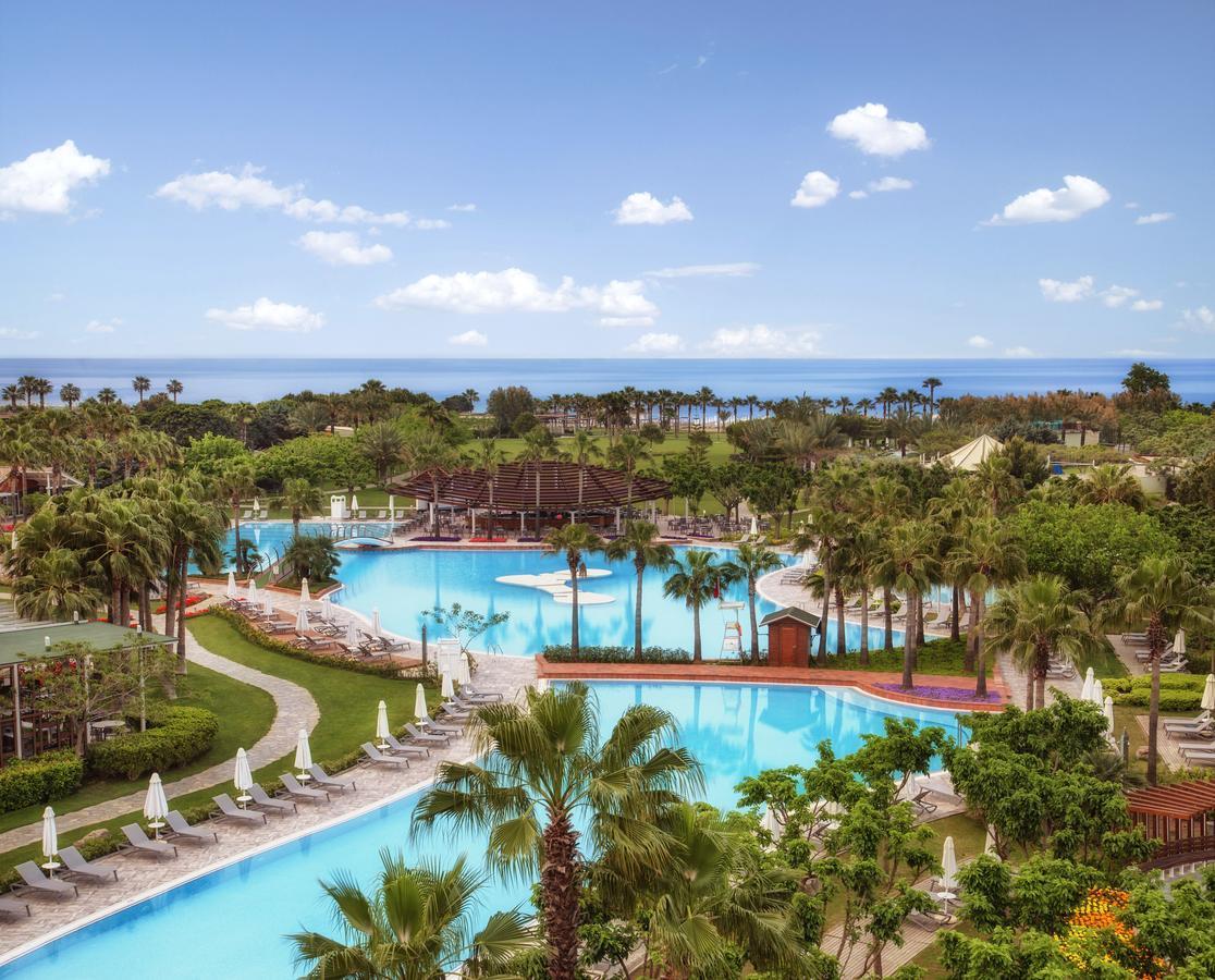 Barut Lara - отель в Турции с открытым подогреваемым бассейном с морской водой