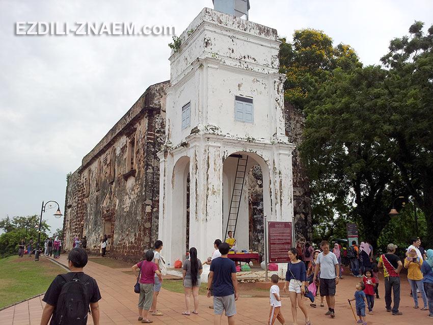 Руины церкви Святого Павла в Мелакке