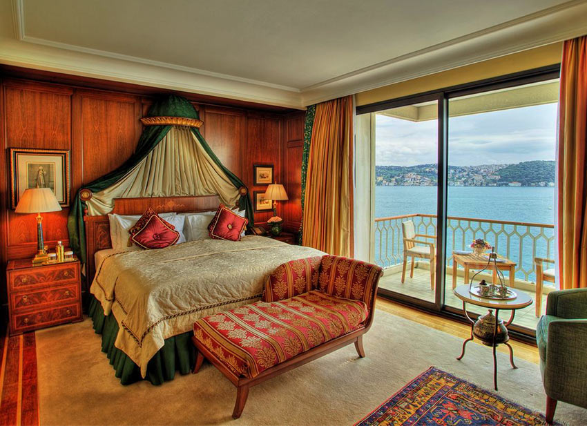 "Номер отеля ""Çırağan Palace Kempinski"" в Стамбуле"