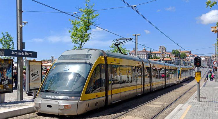 Метро в Порту: как купить билеты и разобраться с маршрутами