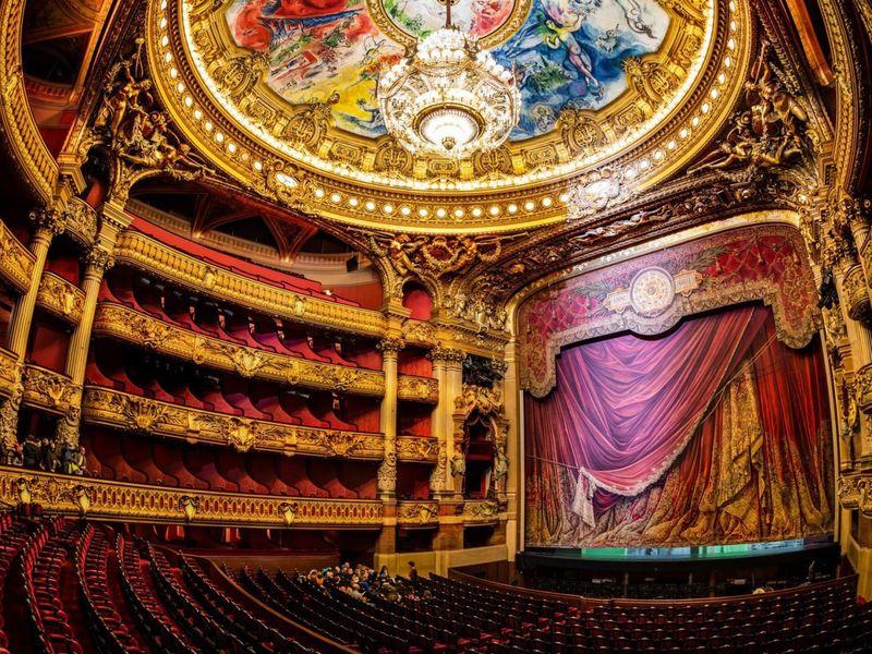 Великолепная экскурсия в Оперу Гарнье