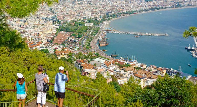 15 причин почему туристы выбирают отдых в Алании