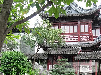 Китай. Сад Юй Юань - важная достопримечательность Шанхая