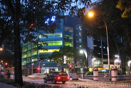 Улицы Сингапура вечером