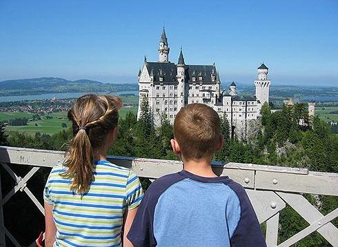 Виды на замок Нойшванштайн
