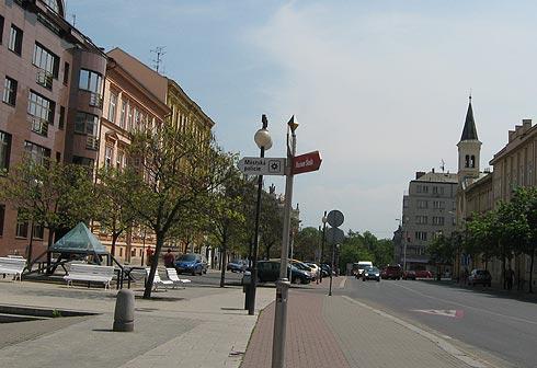 Пльзень в Чехии. Пешком по улице Husova