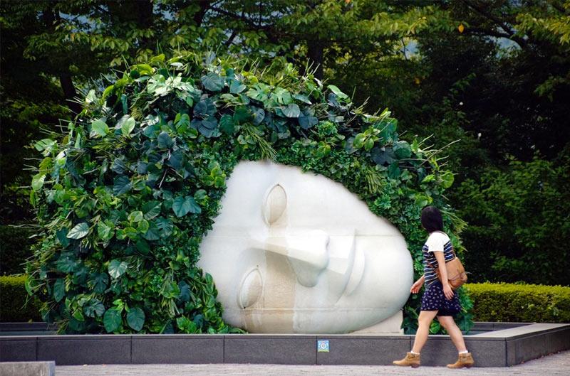 Скульптура в арт музее Хаконэ