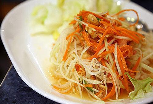 Еда в Тае: перченый салат