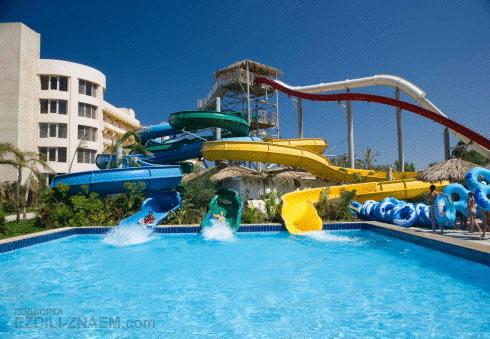 Отель с аквапарком в Хургаде