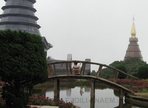 Экскурсия к башням Напамаитанидол