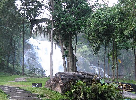 Экскурсия в Дои Интханон. Водопад Вачиратан