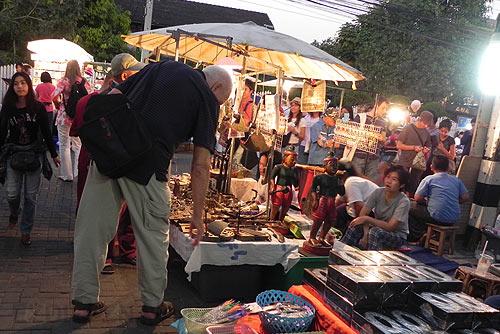 Воскресный рынок в Чангмае