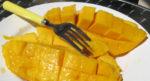 Как едят фрукт манго. Фото