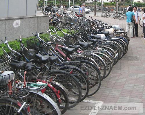 Велосипеды на улицах Шанхая