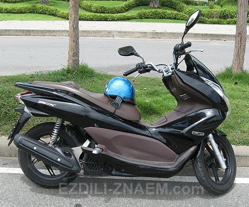 Скутер Хонда PCX в Тайланде. Отзыв и фото