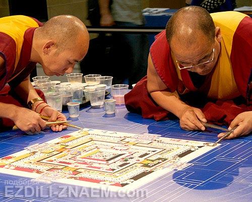 Практика буддизма: искусство мандалы